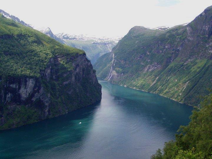 Fiordi Norvegia-Flo' in viaggio