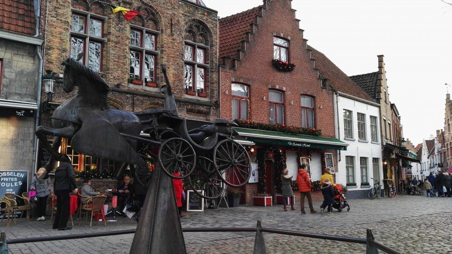Walplein, Bruges- Flo' in viaggio