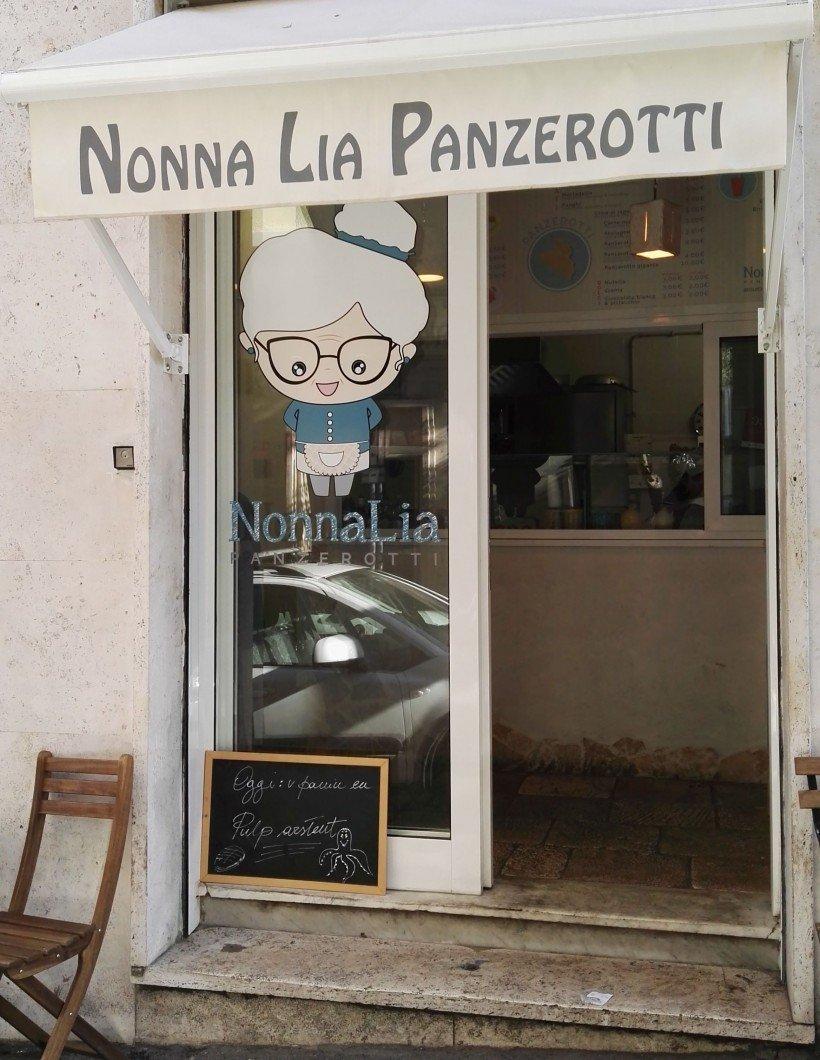 Nonna Lia panzerotti-Flo' in viaggio