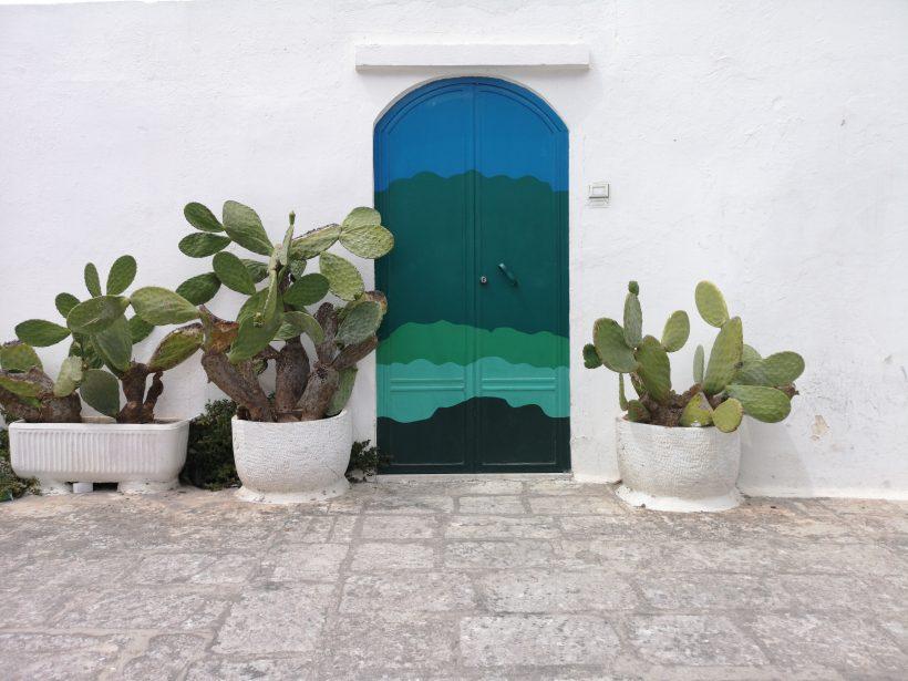 porta blu, Ostuni